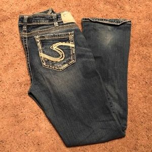 Silver Jeans Tuesday Baby Boot Cut 33/31